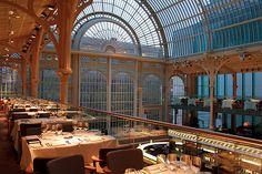 Paul Hamlyn Hall Balconies Restaurant © ROH 2012 by Royal Opera House Covent Garden, via Flickr