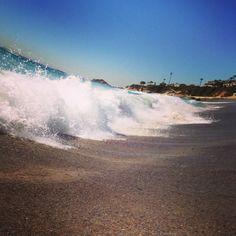 Waves at Aliso beach, Laguna Beach, CA