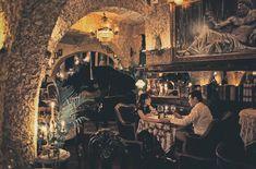 A romantic candlelight dinner for two   #foodreview #foodforthought #goodeats #goodfood #foodgasam #sicily #italiancuisine #baliculinary #balieats #italianfoodbali #tablesituation #onthetable #foodphotography #foodshare #foodoftheday #feelandeat #WTFoodies #bali #balithisweek #theartofplating #islandlife #whatshappening #amazingbali #whattodoinbali #balilifestyle #indonesia #bestcontent #italianfood #restaurant