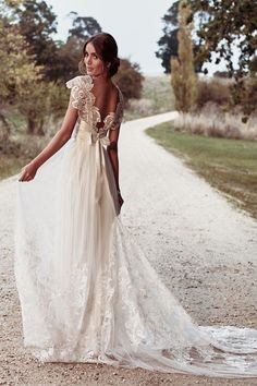 Ethereal Anna Campbell Eternal Heart Collection #weddingdress