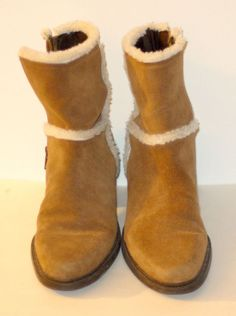 MARKON  Suede Leather  Womens camel Ankle Boots  Made in Brazil Size 8 1/2 M  They look really comfortable and warm for those icy days.  #Markon #FashionAnkle