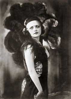 Pola Negri, 1920's Flapper vintage style, early 20th Century burlesque, glamour black and white photography