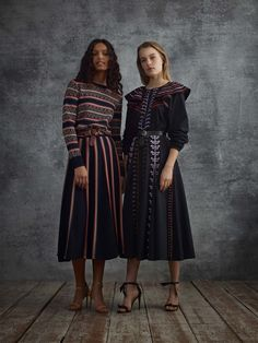 See the complete Temperley London Pre-Fall 2018 collection.