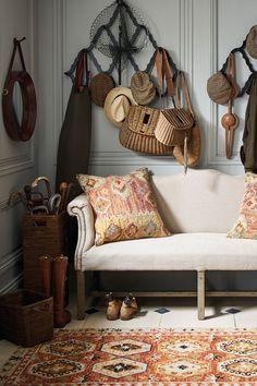 Beautiful rugs and cushion