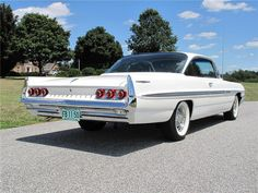 1961 Pontiac Bonneville..Re-pin Brought to you by agents at #HouseofInsurance in #EugeneOregon for #LowCostInsurance