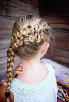 This summer we're been having braid school at Casa McAllister. I consider myself being a very handy woman but somehow braiding has been hard for me. So this was really a tongue twister as in …