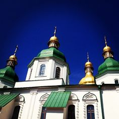 The green roofs and golden domes of St Sophia Cathedral in Kiev  #kyiv #ukraine