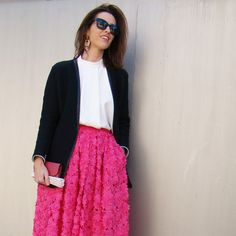 Cruise lady look Looking For Women, Lace Skirt, Cruise, Lady, Skirts, Fashion, Cruise Collection, Cruises, Moda