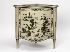 Corner cupboard painted with chinoiserie designs in green on white, made by Thomas Chippendale for the actor David Garrick, 1768-1778. © Victoria and Albert Museum, London