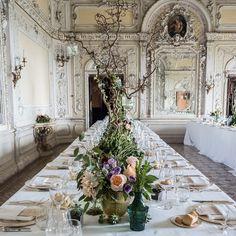 Tavola imperiale matrimonio - composizione floreale vintage  #wedding #tablesetting #matrimonio #tavola #fiori #miseenplace #centrotavola