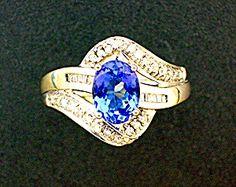 Ring Tanzanite 14K White Gold and Diamond