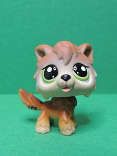 #2141 Chien Dog loup brown Timber Wolf green eyes LPS Littlest Pet Shop Figurine
