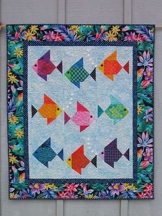Super cute ... makes my Pisces side come out.  Swimmies! Fish Quilt by Lisa Boyer by dorkyquilts, via Flickr