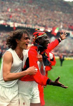 Maldini and Weah Soccer Guys, Good Soccer Players, Football Players, Football Icon, World Football, Football Kits, George Weah, Paolo Maldini, Football Memorabilia