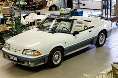 2D Mustang Ford 5.0 H.O.  1989. USA