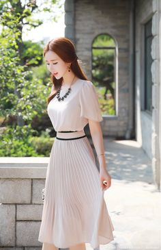 Korean Women`s Fashion Shopping Mall, Styleonme. Skirt Outfits, Cute Outfits, Modest Fashion, Fashion Dresses, Elegant Outfit, Korean Women, Asian Fashion, Asian Beauty, Cute Dresses