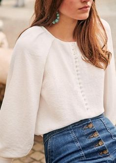 Blouse Ample, Look Fashion, Fashion Outfits, Feminine Fashion, Look Formal, Stylish Shirts, Look Vintage, Spring Summer Fashion, Dressy Casual Outfits