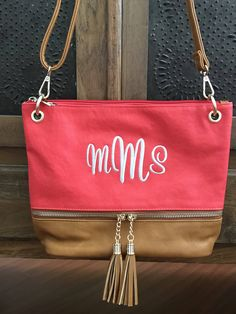 A personal favorite from my Etsy shop https://www.etsy.com/listing/507758500/monogram-two-tone-crossbody-purse-red   #kaileysmonogram #tote