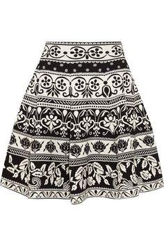 ALEXANDER MCQUEEN Jacquard-knit mini skirt. #alexandermcqueen #cloth #skirts