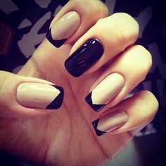 Nails black and white . bkqck and white nails Black And Nude Nails, Beige Nails, Nail Black, Nail Art Designs, Classy Nail Designs, Nails Design, Design Art, How To Do Nails, Fun Nails