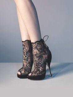 Shoe Fetish by corina