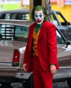 Joaquin Phoenix, Joker Photos, Film Movie, Movies, Joker Art, Dc Comics, Tv Series, Halloween Face Makeup, Jokers