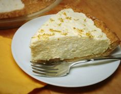 Lemon Chiffon Pie – Low Carb, Sugar Free, Gluten Free – Preheat to - use swerve instead. Xylitol is low carb but can cause digestive issues and is deadly to pets. Low Carb Sweets, Low Carb Desserts, Gluten Free Desserts, Gluten Free Recipes, Low Carb Recipes, Lemon Desserts, Pie Recipes, Fall Recipes, Sweets