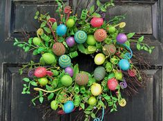 Easter decor ideas for your front door. #FRLM