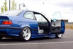 Blue coupé on some 17'' keskin cult wheels