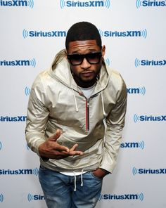 Usher keeps it cool during a visit to SiriusXM Studios on Oct. 3, 21014 in New York