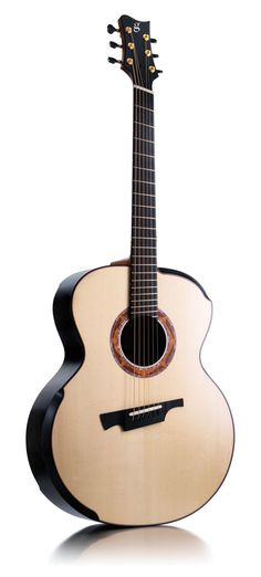 Greenfield G4 acoustic guitar that has been made for the European market by Canadian luthier Michael Greenfield