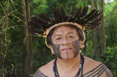 Marcos Terena, da nação Xané, nascido no município de Aquidauana, Mato Grosso do Sul, é uma das mais importantes lideranças indígenas brasileiras, tendo participado da Rio-92, há 20 anos.