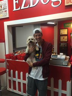 EZDog: The head actor (Grant Gustin) from the TV show called The Flash was in EZDog today, groomed his dog Nora.