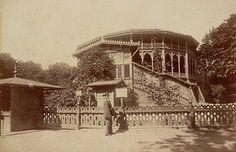 Teatr letni w Ogrodzie Saskim fot. 1870-, Konrad Brandel, źr. Mazowiecka Biblioteka Cyfrowa, źr. livejournal.com