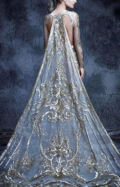 Fashion is Art?...Michael Cinco. https://musetouch.org/?cat=20