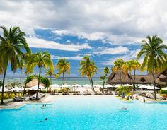 https://travelezeuk.wordpress.com/2015/03/04/the-magnificent-mauritius/