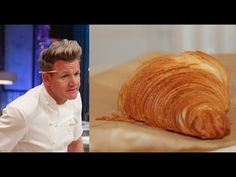 Гордон Рамзи готовит круассаны - YouTube Gordon Ramsay, Bakery, Deserts, Bread, Youtube, Food, Cookies, Happy, Crack Crackers