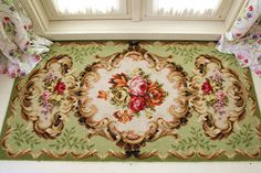 Vintage Home (love this1940's rug!)