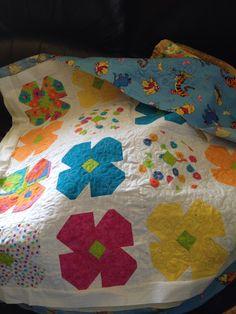 Baby quilt - flower design