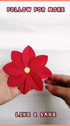 Cool Paper Crafts, Paper Flowers Craft, Fun Diy Crafts, Flower Crafts, Construction Paper Crafts, Paper Flower Tutorial, Spiderman Craft, Paper Spinners, Crown Printable