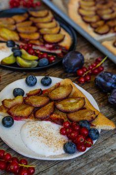 Zwetschgen Datschi - einfacher Zwetschgenkuchen - Mrs Flury French Toast, Veggies, Breakfast, Blog, Recipes, Best Healthy Recipes, Healthy Desserts, Healthy Groceries, Vegan Baking