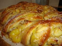 Portuguese Desserts, Portuguese Recipes, Bread Recipes, Cake Recipes, Dessert Recipes, Food Cakes, Pan Rapido, Food Shows, Sweet Cakes
