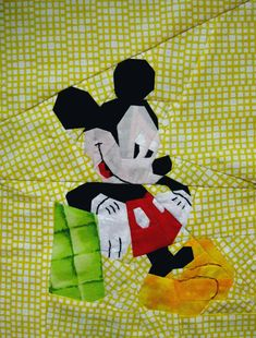 = free pattern = Mickey Mouse quilt block by Tweety Loves Quilting