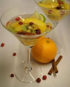 1000 images about cocktails sans alcool on pinterest for Champagne drinks with fruit
