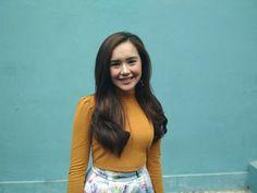 Indonesian Girls, Chara, Pup, Profile, Crop Tops, Celebrities, Women, Style, Fashion