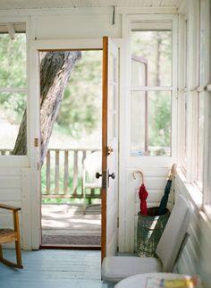 Southern Home Interior .Southern Home Interior Interior Exterior, Home Interior, Interior Design, Interior Ideas, Cottage, Up House, House Porch, Home Decor Accessories, Cheap Home Decor