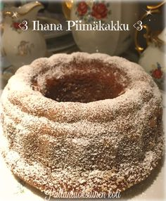 Ihana Piimäkakku - vähän terveellisemmin Home Bakery, Sweet Bakery, Tea Time, Nom Nom, Food And Drink, Candy, Ethnic Recipes, Desserts, Ideas