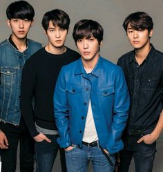 Find images and videos about kpop, blue and music on We Heart It - the app to get lost in what you love. Blue Lee, Cn Blue, Kang Min Hyuk, Lee Jong Hyun, Cnblue Yonghwa, Minhyuk, Asian Actors, Korean Actors, Jung Yong Hwa