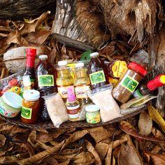 Esto es organico; chile molido, jabones de propolio, jabones de jalea real, miel de abeja melipona, sal marina, chia, stevia, café de Ramon, horchata de Ramón, y mas....