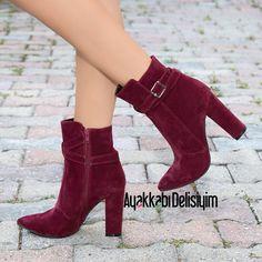 """4,724 Beğenme, 18 Yorum - Instagram'da Ayakkabı Delisiyim (@ayakkabidelisiyim): """"❤ Ürün Adı: HEDRİN BORDO SÜET 👠 Fiyatı: 99,90 TL ↕Topuk boyu: 11 cm 🎁Sipariş için: Whatsapp…"""""""